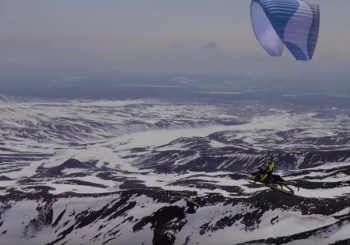 Полёт на снегоходе со склона Корякского вулкана