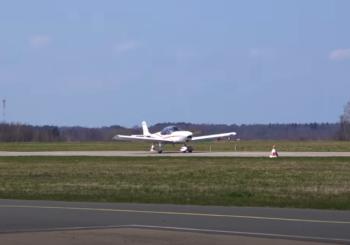 Восстановление самолета PIPER SENECA III. И полет на самолете из конструктора