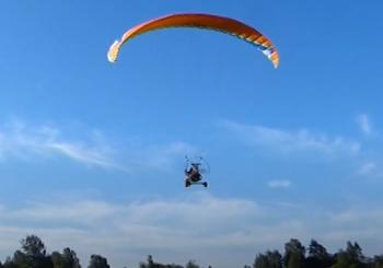 Парапланеристы пролетели почти 200 километров над водами озера Ильмень