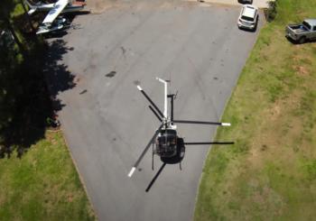 Легкий двухместный вертолет Schweizer 300CB